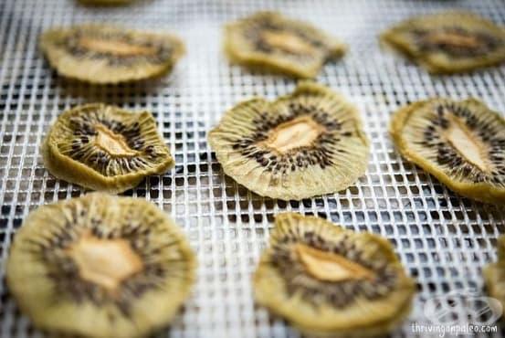 Зарадвайте децата със здравословен чипс от киви - изображение