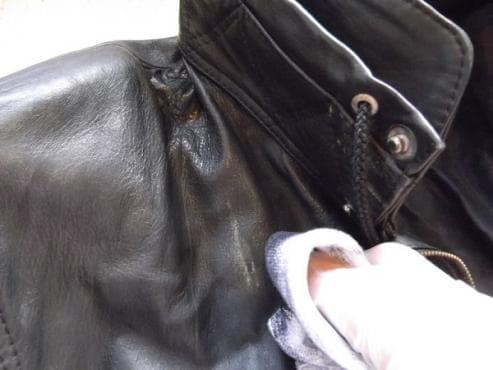 Запазете коженото яке еластично и меко по-дълго с оцет и ленено масло - изображение