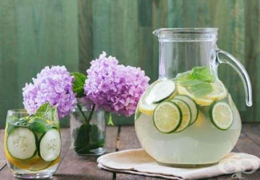 Направете си антиоксидантна напитка от кокосова вода, краставица и кимион - изображение