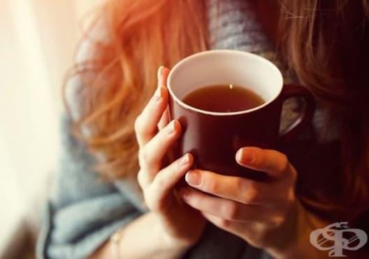 Консумирайте чай от бял равнец и глог против тревожност - изображение