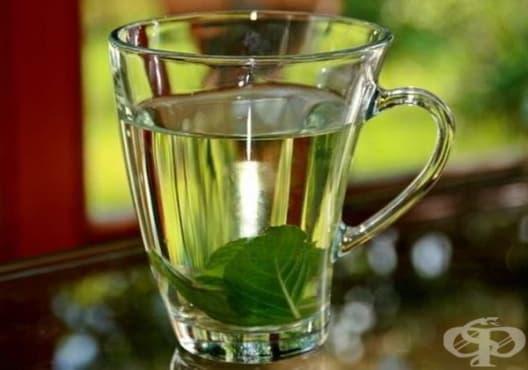 Консумирайте чай от джоджен срещу поликистозни яйчници - изображение