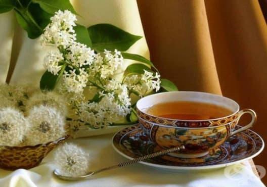 Консумирайте чай от глухарче срещу камъни и песъчинки в бъбреците - изображение