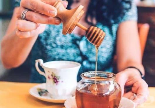 Консумирайте мед поради 8 причини - изображение