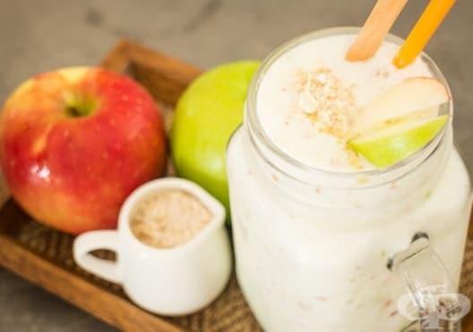 Консумирайте напитка от ябълка, овесено мляко и ленено семе за плосък корем - изображение