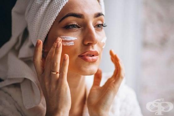 Елиминирайте акнето с маска от аспирин, лимон и мед - изображение