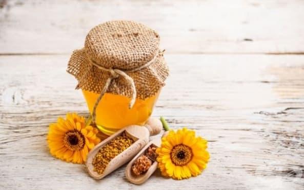 Елиминирайте акнето с маска от английска сол, зехтин, мед и лимон  - изображение