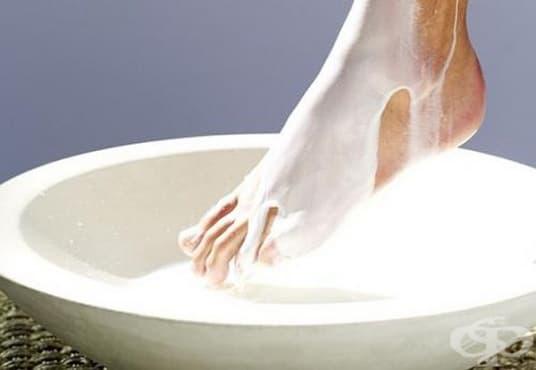 Съживете кожата на краката си с вана от прясно мляко, лимонов сок, канела и зехтин  - изображение