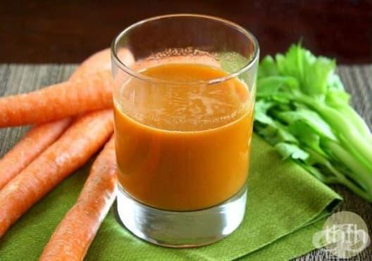 Намалете пикочната киселина в ставите с напитка от морков и целина - изображение