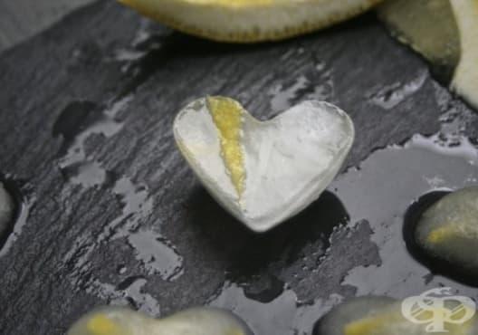 Направете си ароматни и витаминозни кубчета лед от лимон - изображение