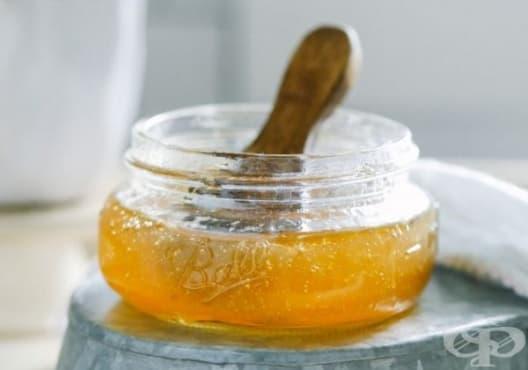 Направете си детоксикираща маска за лице от мед и алое - изображение