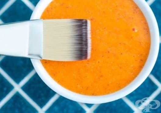 Направете си детоксикираща маска от яйце, портокал и куркума - изображение
