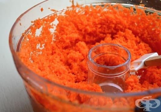 Направете си ексфолиант за кожа от морков и кокосово масло - изображение