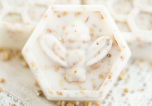 Направете си сапун от мед и овесени ядки - изображение
