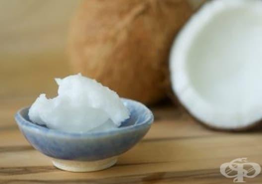 Направете си успокояващ лосион за тяло от кокос и етерични масла - изображение