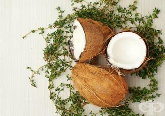 Направете си избелваща паста за зъби от мащерка и кокосово масло - изображение
