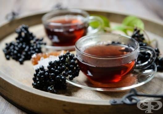Насърчете имунитета с чай от бъз, канела и куркума - изображение