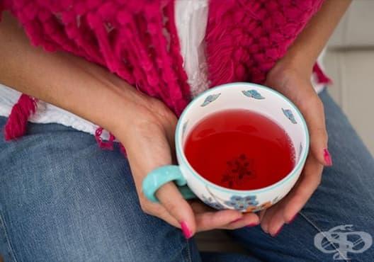 Насърчете имунитета с чай от бъз, мента, шипка и канела - изображение