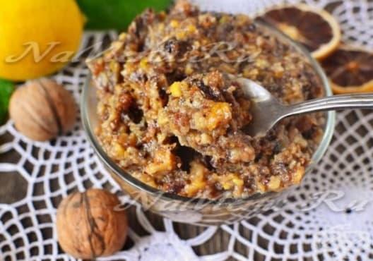 Насърчете имунитета с мед, орехи и сушени плодове - изображение