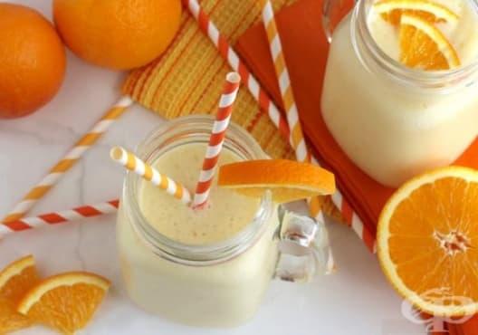 Насърчете изгарянето на излишни мазнини с напитка от банан, портокал и кисело мляко - изображение