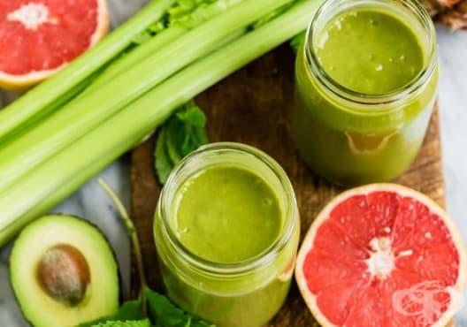 Насърчете метаболизма с напитка от ананас, грейпфрут и зелен чай - изображение