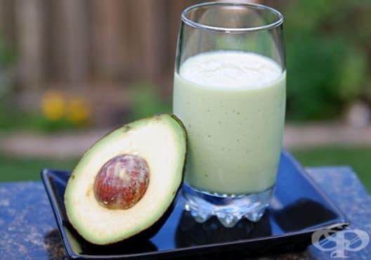 Насърчете растежа на косата с напитка от овесено мляко, грозде и авокадо - изображение