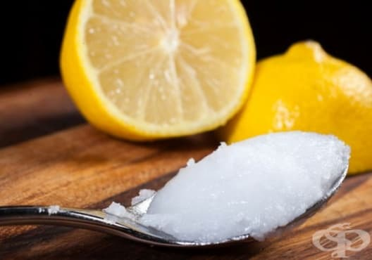 Насърчете растежа на веждите с кокос и лимон - изображение