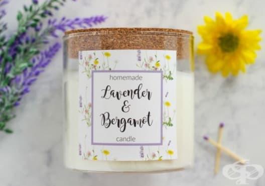 Насърчете релаксацията с ароматна свещ от бергамот и лавандула - изображение