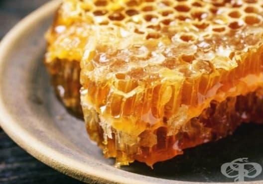 Облекчете гаденето чрез 3 лесни начина с помощта на мед - изображение