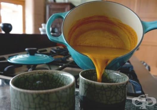 Облекчете кашлицата с градински чай и куркума - изображение