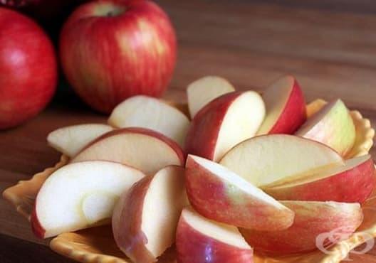 Облекчете кашлицата с ябълка, мед и лимон - изображение