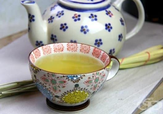 Облекчете мигрената с чай от лимонова трева - изображение