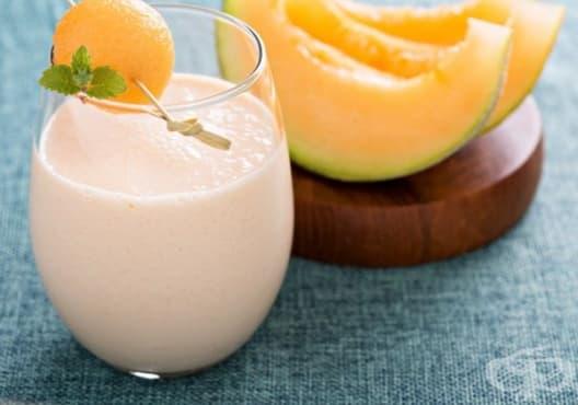 Облекчете умората с напитка от грозде, пъпеш и бадеми - изображение
