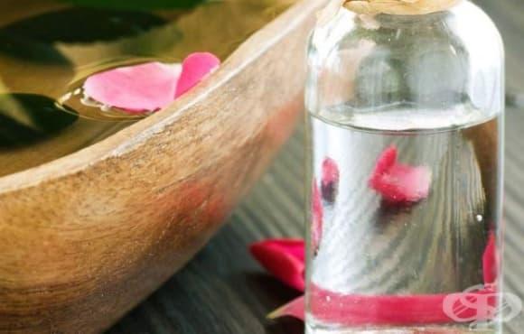 Пригответе си охлаждащ спрей за тяло с мента и розова вода - изображение
