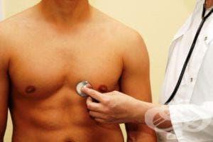 Още при признаци на простуда намажете гърдите си с чесън и мас - изображение