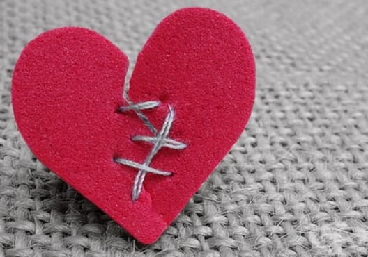 Открийте симптомите на сърдечен удар месец по-рано  - изображение