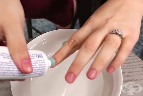 Почистете ноктите си с паста за зъби, лимон и зехтин - изображение