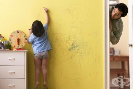 Премахнете петната от пастели по стените с помощта на сешоар - изображение