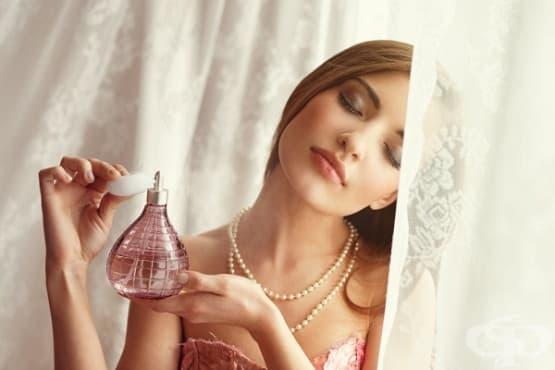 5 начина парфюмът да остане дълготраен през лятото - изображение