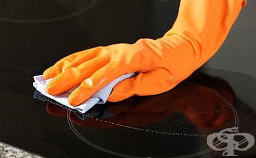 Почистете стъклокерамиката по електрическата печка с лимон - изображение