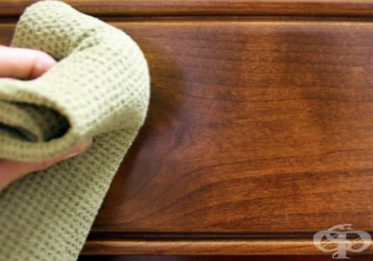 Почистете дървените мебели с бадемово масло и бял оцет - изображение