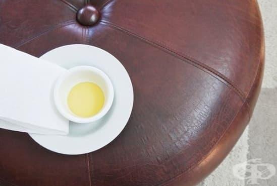 Почистете кожените изделия с оцет, зехтин и цитрусово масло - изображение