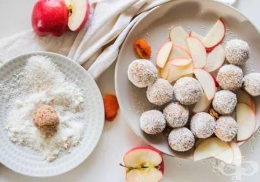 Подобрете храносмилането с бонбони от кокос, ябълки и кайсии - изображение