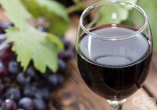 Подобрете храносмилането с вино и лайка - изображение