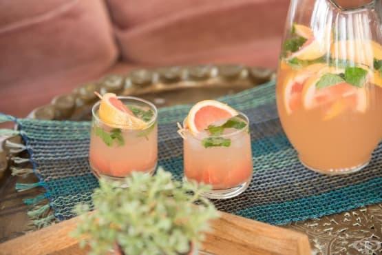Подобрете храносмилането за седмица с напитка от краставица, морков и грейпфрут - изображение