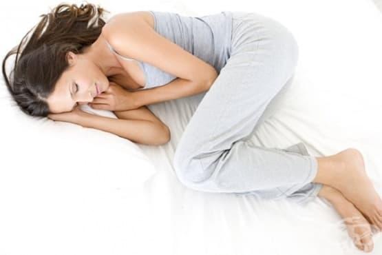 Използвайте 5 пози за сън при болки в гърба - изображение