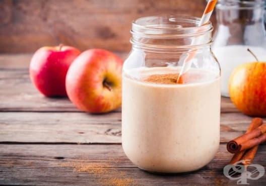 Освежете дъха с напитка от кисело мляко, ябълка и канела - изображение