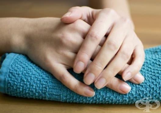 Придайте естествен блясък на ноктите с масло - изображение