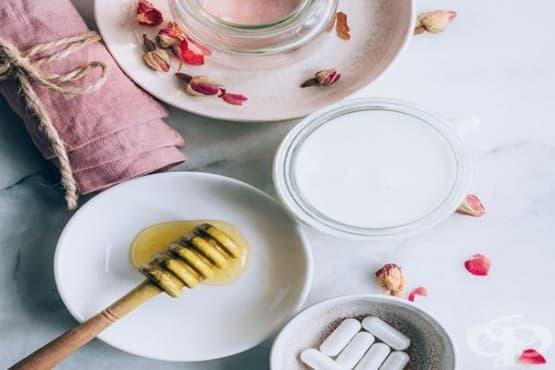 Направете си пробиотичен лосион за лице с кокосово масло, мед и розова вода - изображение
