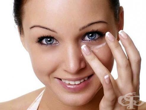 Против бръчки преди лягане мажете кожата си с глицерин и витамин E - изображение