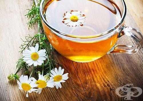 Спрете киселините завинаги с чай от пелин и лайка - изображение